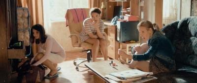 кадр из комедийного телесериала «Озабоченные, или Любовь зла»